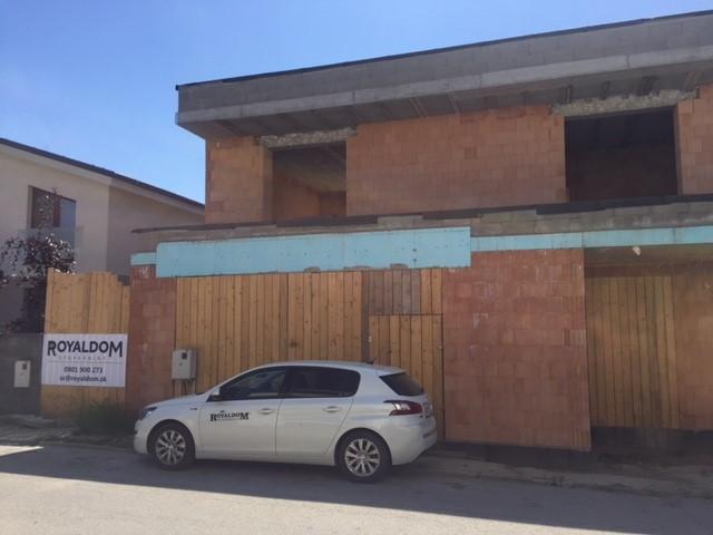 Výstavba rodinného domu, Pezinok